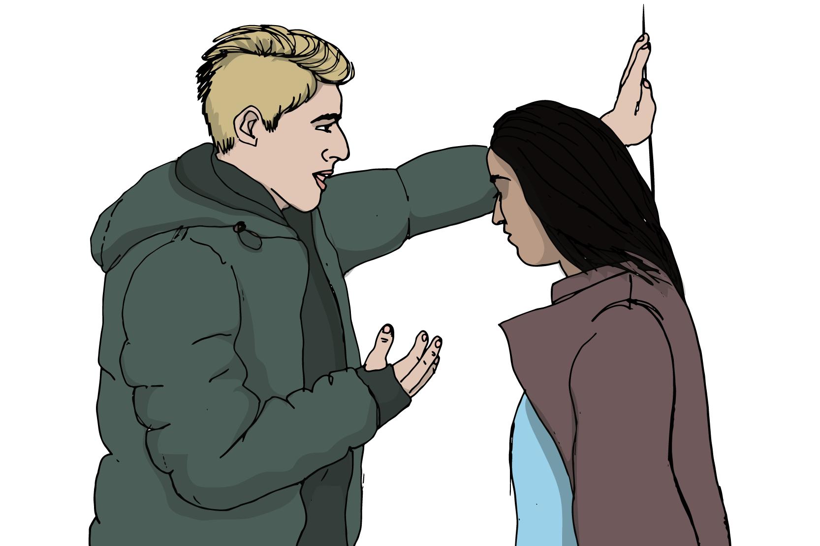 Två personer, den ena står mot en vägg med ansiktet nedåt, den andra som är längre står nära mittemot, lutad med ena handen mot väggen.